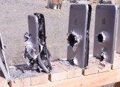 Combien faut-il d'iPhone 6 pour arrêter une balle d'AK-74 ?
